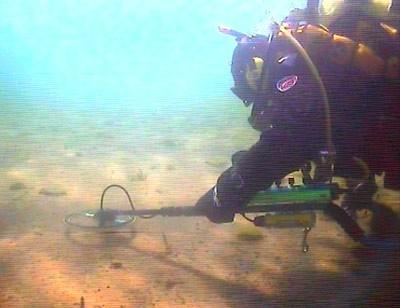 Поиск кладов в море