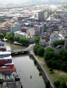 Небольшие города заводят собственную валюту