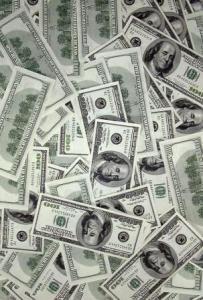 Курс доллара в пятницу упал ниже 30 рублей