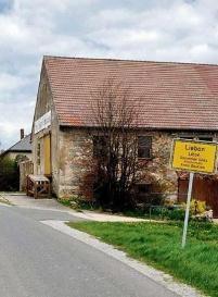 Немец купил себе титул и деревню