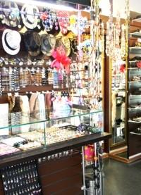 Как открыть магазин по продаже бижутерии