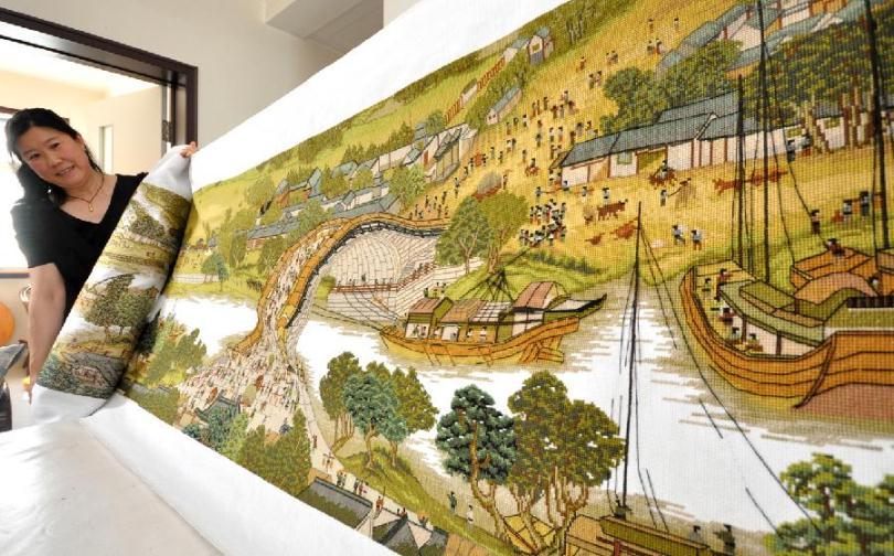 Огромная китайская вышивка крестиком, схема праздничного города.